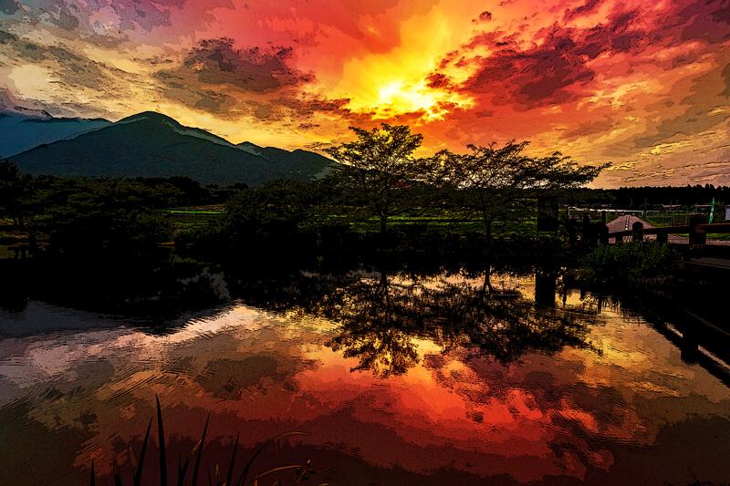 ブログ記事用無料イメージ画像:夕焼けの風景リフレクション|素材スタジオ