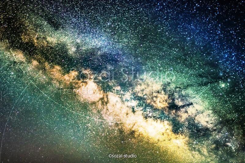 ブログ記事用無料イメージ画像:天の川銀河 彩り編4素材|素材スタジオ