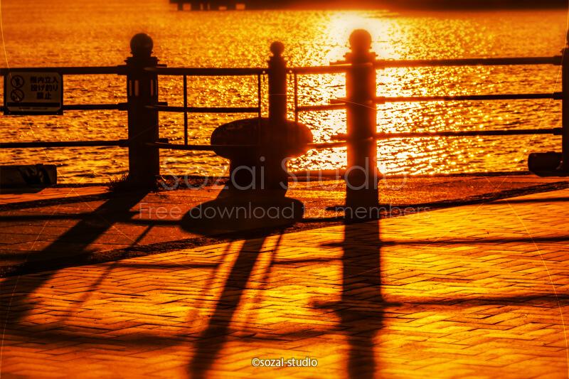 ブログ記事無料アイキャッチ画像:横浜港の朝風景光と影4素材
